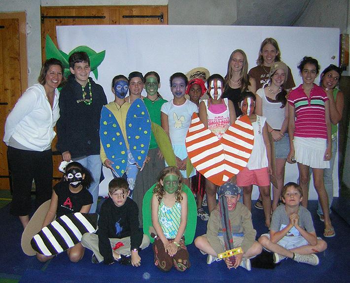 Camps d'été Jeunes Diplomates, Atelier créatif théâtre